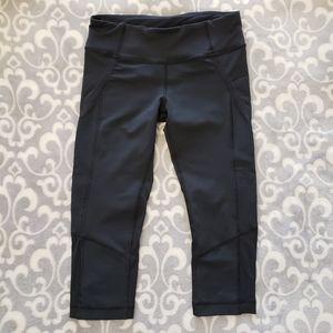 Lululemon running crop leggings,  Black,  Size 4